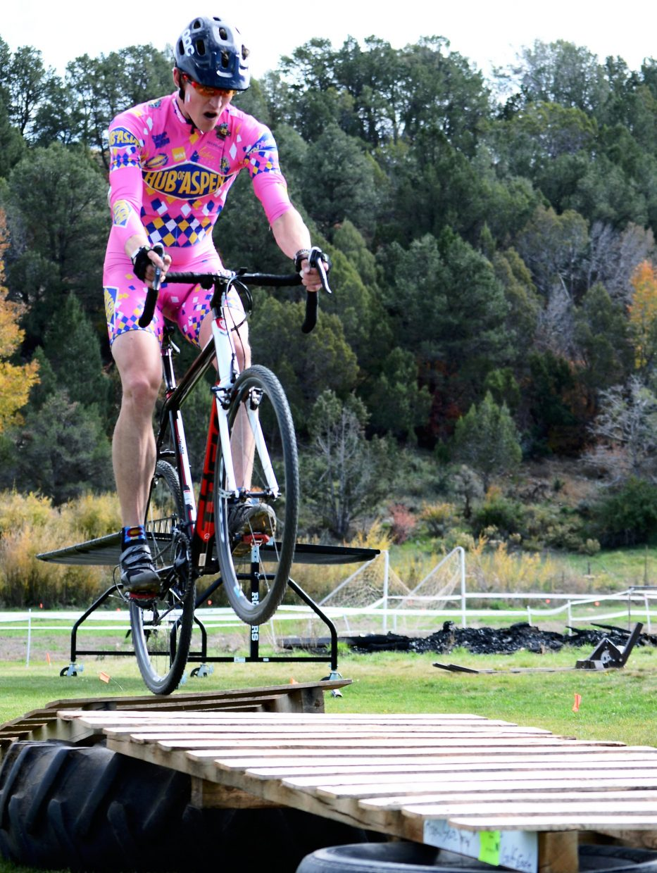 Tyler Newton gets some air on a fun feature at one of 2014's Shaka 'Cross races.