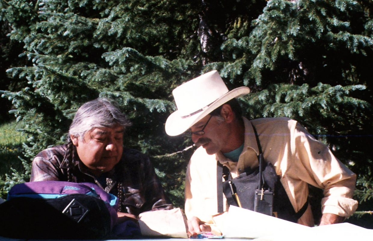 Bill Kight with Ute elder Kenny Frost in 1993.