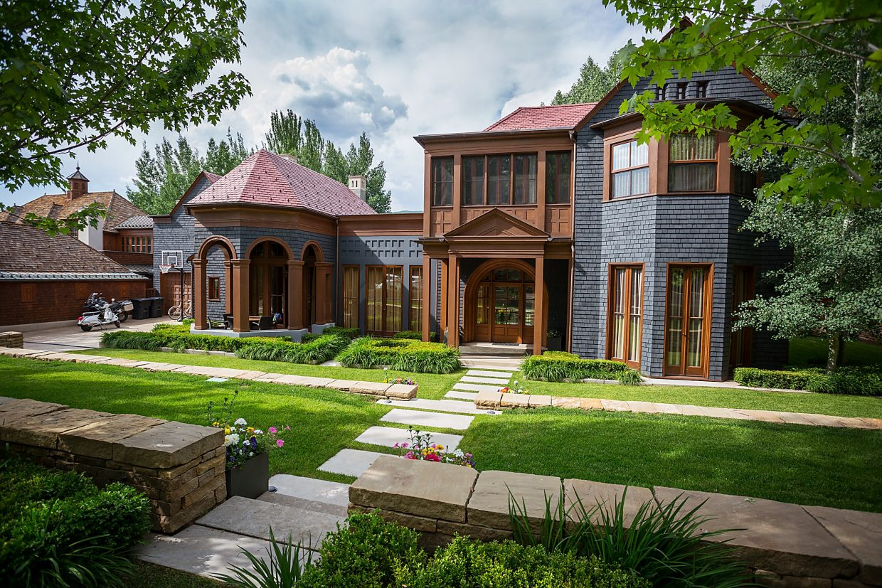 Lance Armstrong S Aspen Home Collateral In Lawsuit Settlement