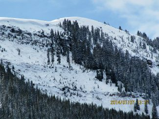 The avalanche occurred between Tweeners and CDC in the East Vail Chutes area.
