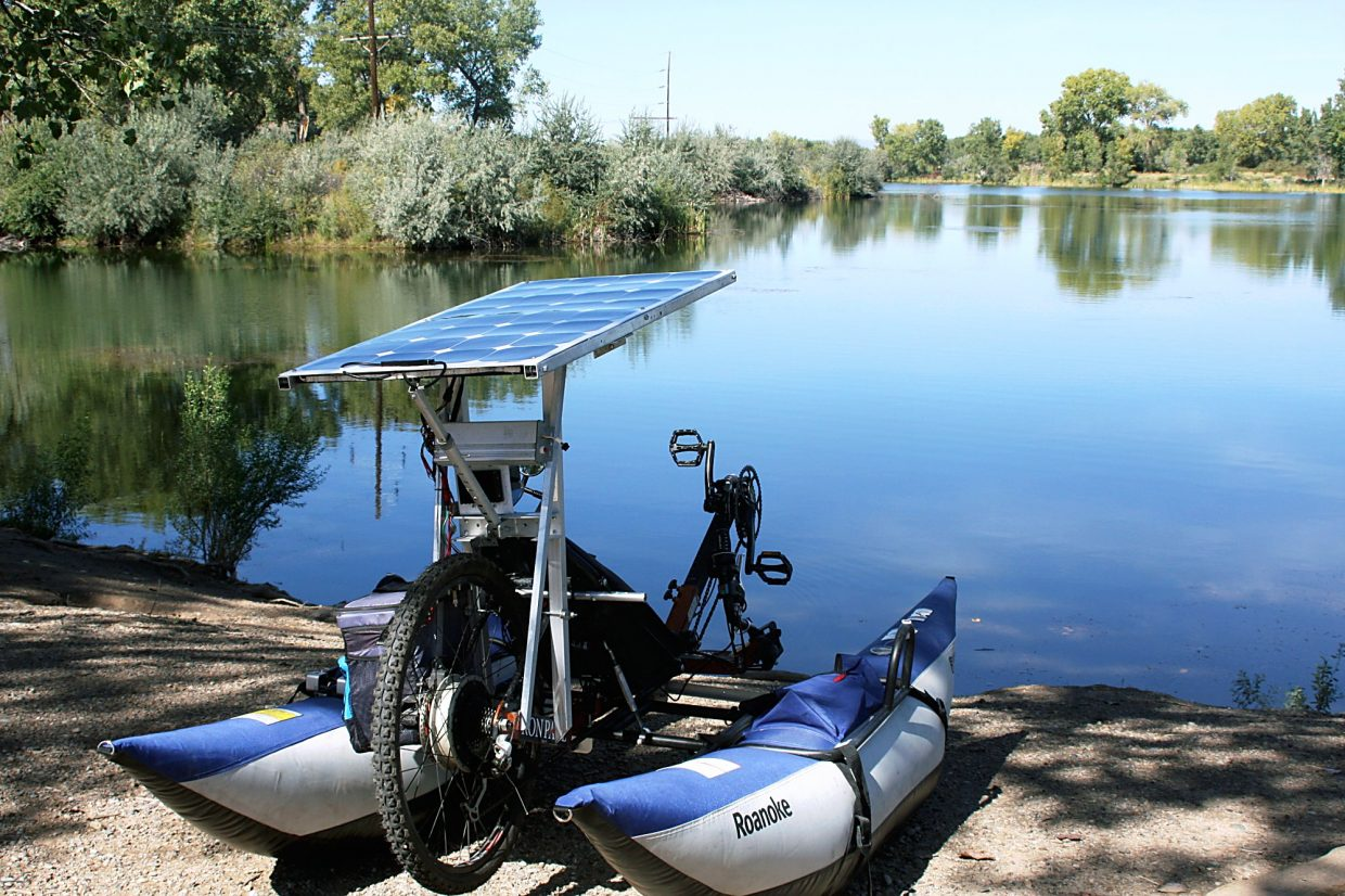 A solar panel, costing around $100, powers the bike's motor.