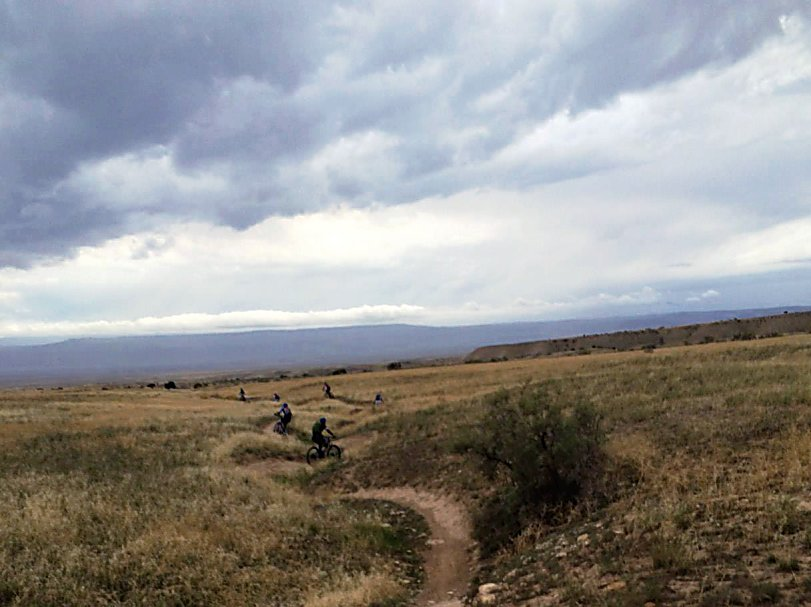 Afternoon rider session ended quicker than scheduled due to an oncoming rain storm about to hit. Riders had to quickly descend on Kessel Run on North Fruita (18 Road) trails.