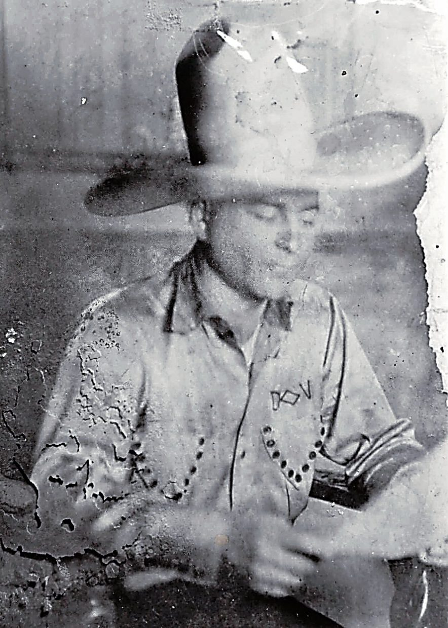 Diamond Jack Alterie, a Chicago gangster who had a dude ranch at Sweetwater Lake