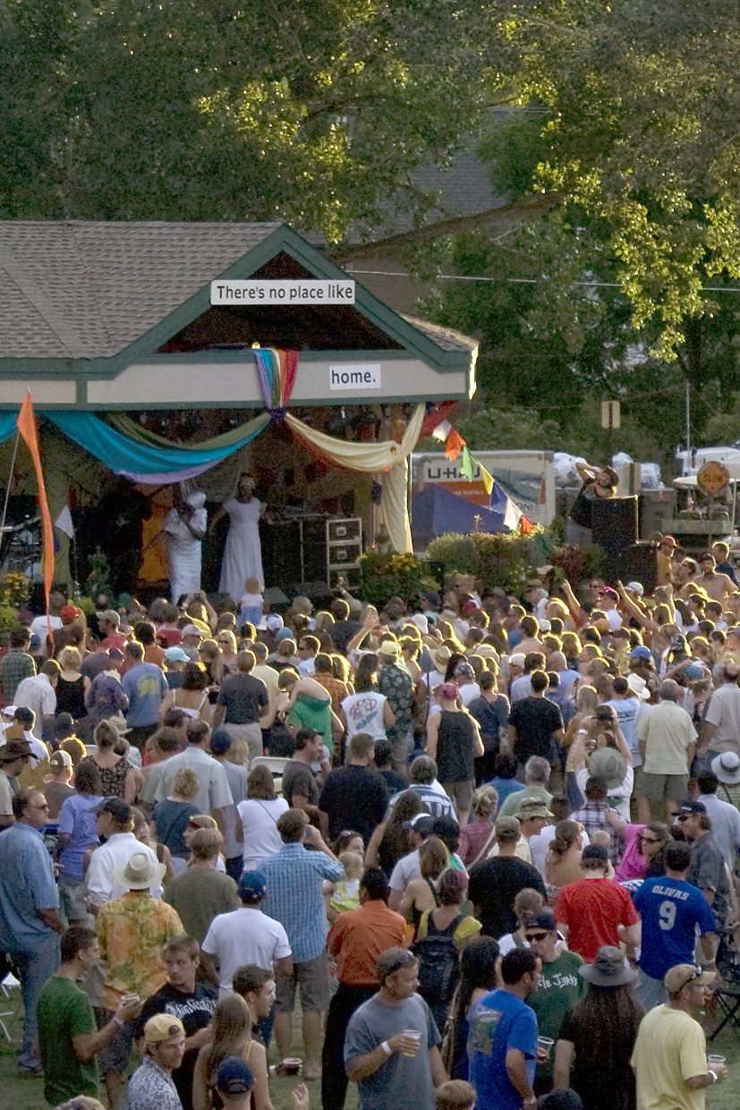 Carbondale Arts' annual Mountain Fair is now accepting applications for artist booths.