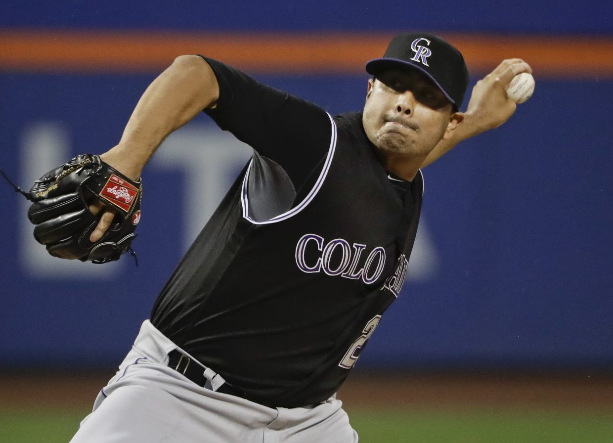 de la rosa rockies win th straight com ap ap