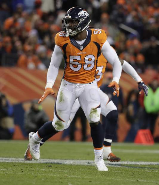 Denver Broncos outside linebacker Von Miller (58) lines up against the Kansas City Chiefs during the first half of an NFL football game, Sunday, Nov. 27, 2016, in Denver. (AP Photo/Jack Dempsey)