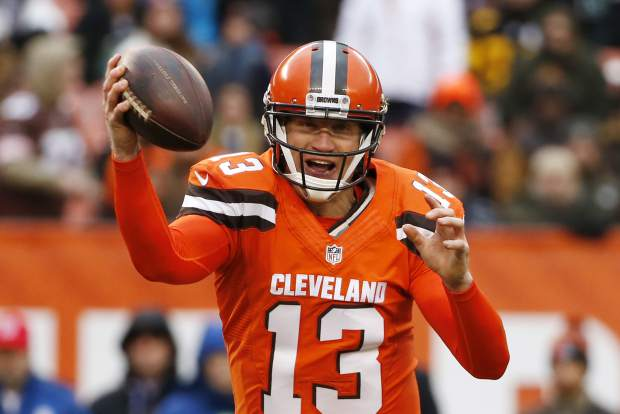 Cleveland Browns quarterback Josh McCown (13) looks to pass during the second half of an NFL football game against the Pittsburgh Steelers in Cleveland, Sunday, Nov. 20, 2016. (AP Photo/Ron Schwane)