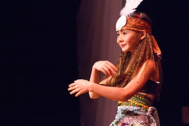 Hannah Bays leads a dance during the Cirque d'Sopris youth fashion show.
