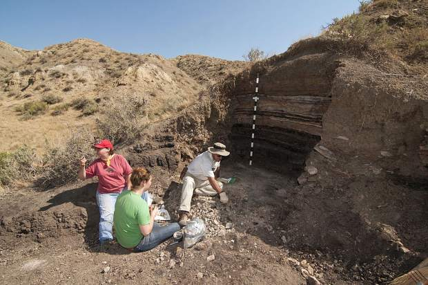 This formation near Limon marks the extinction that killed the dinosaurs.