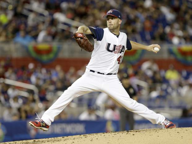 U.S. pitcher Danny Duffy throws against Canada in the third inning of a first-round game of the World Baseball Classic, Sunday, March 12, 2017, in Miami. (AP Photo/Alan Diaz)