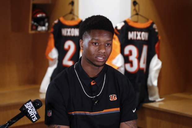 Cincinnati Bengals second-round draft pick Joe Mixon speaks during a news conference at Paul Brown Stadium, Saturday, April 29, 2017, in Cincinnati. The former Oklahoma running back was selected as the 48th overall pick. (AP Photo/John Minchillo)