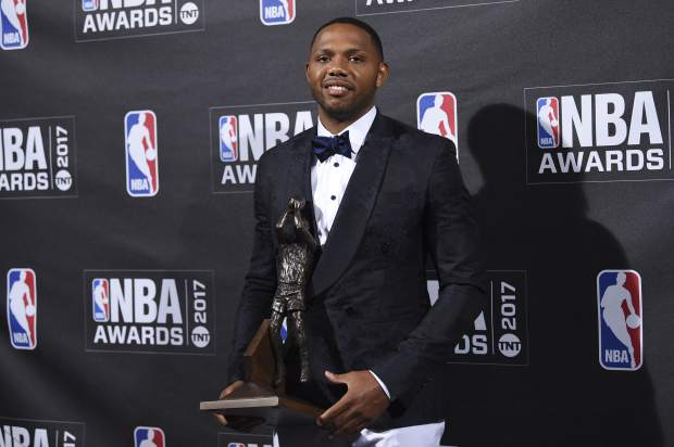 Kia NBA Sixth Man Award winner Eric Gordon poses in the press room at the 2017 NBA Awards at Basketball City at Pier 36 on Monday, June 26, 2017, in New York. (Photo by Evan Agostini/Invision/AP)