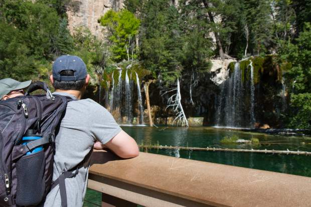Crowds can reach more than 1,100 visitors on summer days, which leads to overcrowding on the trail, damage to the sensitive travertine lake ecosystem, and illegal overflow parking at the trailhead and rest area parking lot.