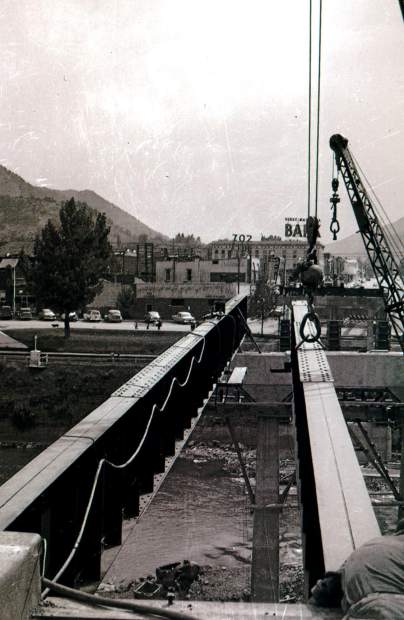 The contsruction of the current Grand Avenue Bridge began in 1953.