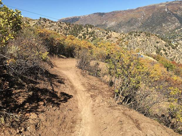 Grandstaff Trail on Red Mountain provides mountain biking overlooking to Glenwood Springs.