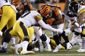 Ryan Shazier injury - Page 2 Steelers_Bengals_Football_96490-72846-2-325x217