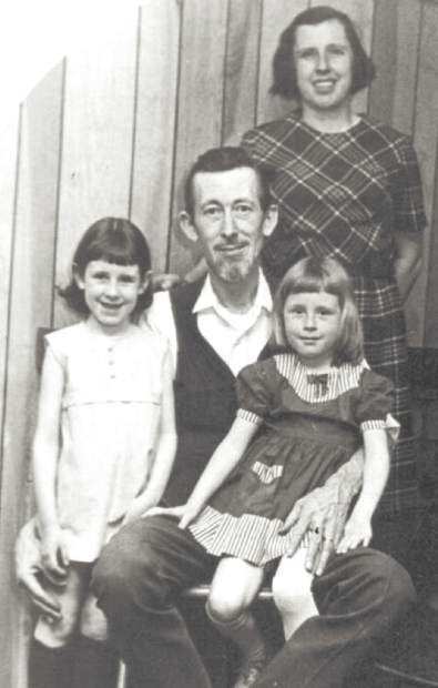 Al Maggard with wife, Charlotte, and their young daughters, Lucy and Ann.