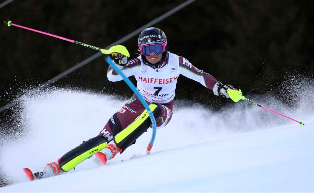 Sweden's Frida Hansdotter speeds down the course during the first run of an alpine ski, women's World Cup slalom, in Lenzerheide, Switzerland, Sunday, Jan. 28, 2018. (AP Photo/Alessandro Trovati)