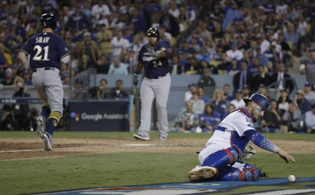 Brewers blank Dodgers 4-0 for 2-1 NLCS lead