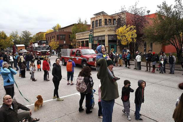 The Carbondale Potato Day parade flows through downtown Carbondale Saturday morning.
