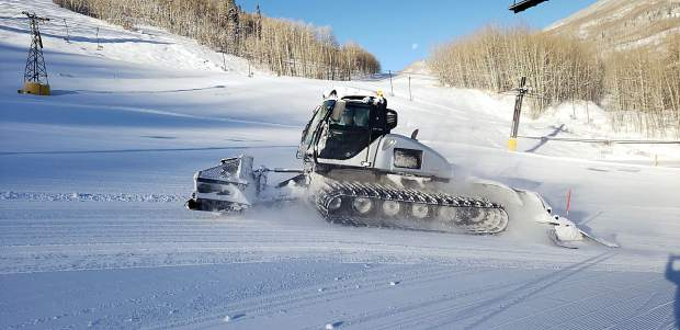 A groomer heads up the mountain at Sunlight Mountain Resort as the Glenwood Springs ski area prepares for the second weekend of the 2018-19 season.