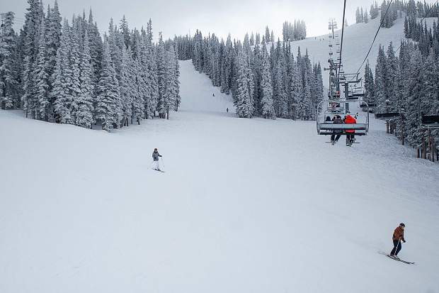 Aspen Mountain will open Saturday with top-to-bottom skiing on 130 acres of terrain, Aspen Skiing Co. announced Tuesday.