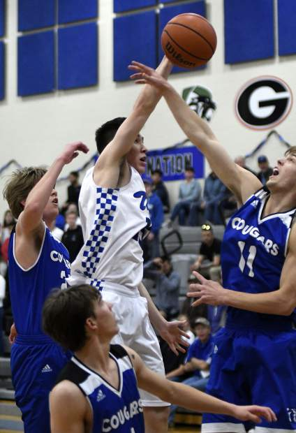 Resurrection Christian's hot shooting knocks off Coal Ridge in regional title game