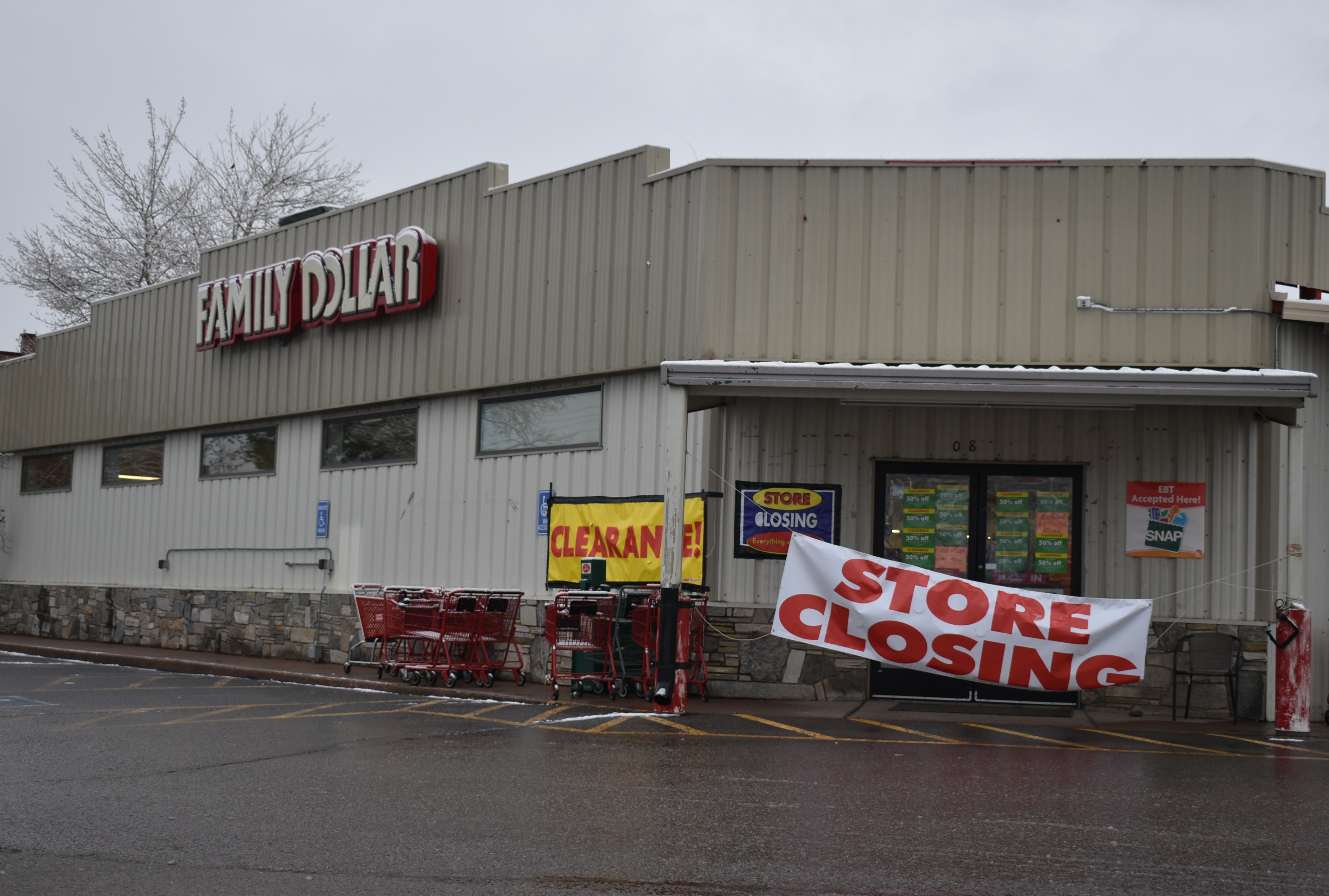 Carbondale Family Dollar is closing to make way for Dollar Tree