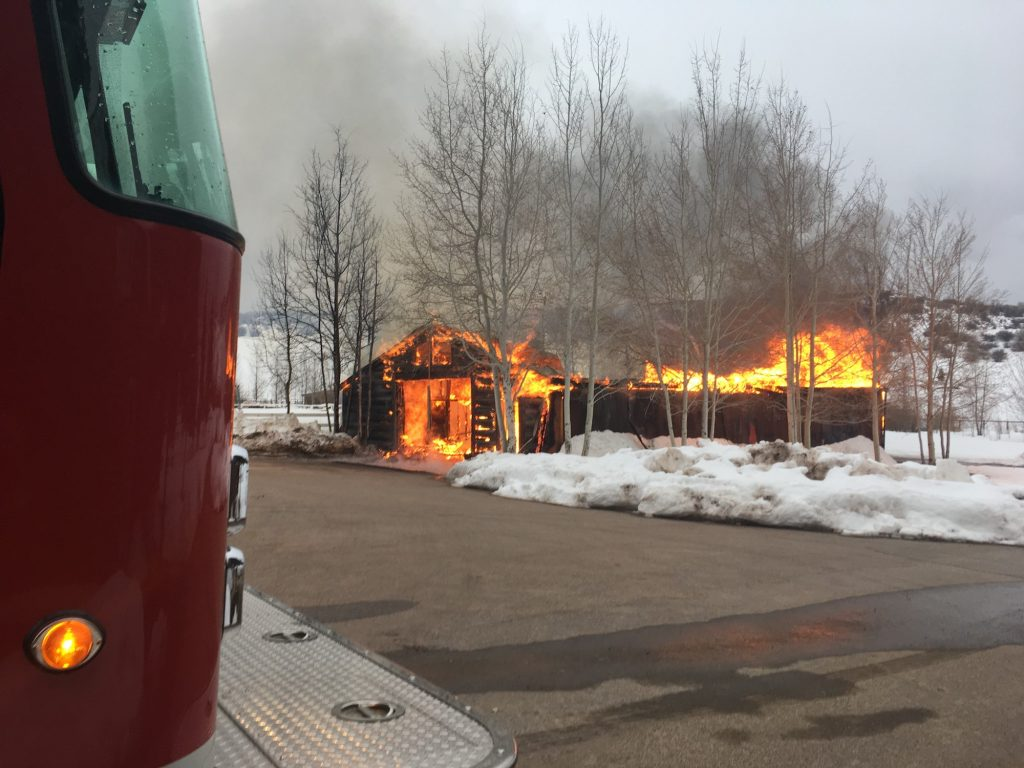 Barn structure lost in Thursday night fire up Cattle Creek near Carbondale