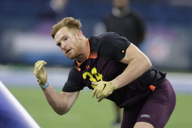 USC linebacker Cameron Smith runs a drill during the NFL football scouting combine, Sunday, March 3, 2019, in Indianapolis. (AP Photo/Darron Cummings)