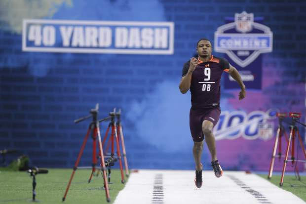 Boston College defensive back Hamp Cheevers runs the 40-yard dash during the NFL football scouting combine, Monday, March 4, 2019, in Indianapolis. (AP Photo/Darron Cummings)