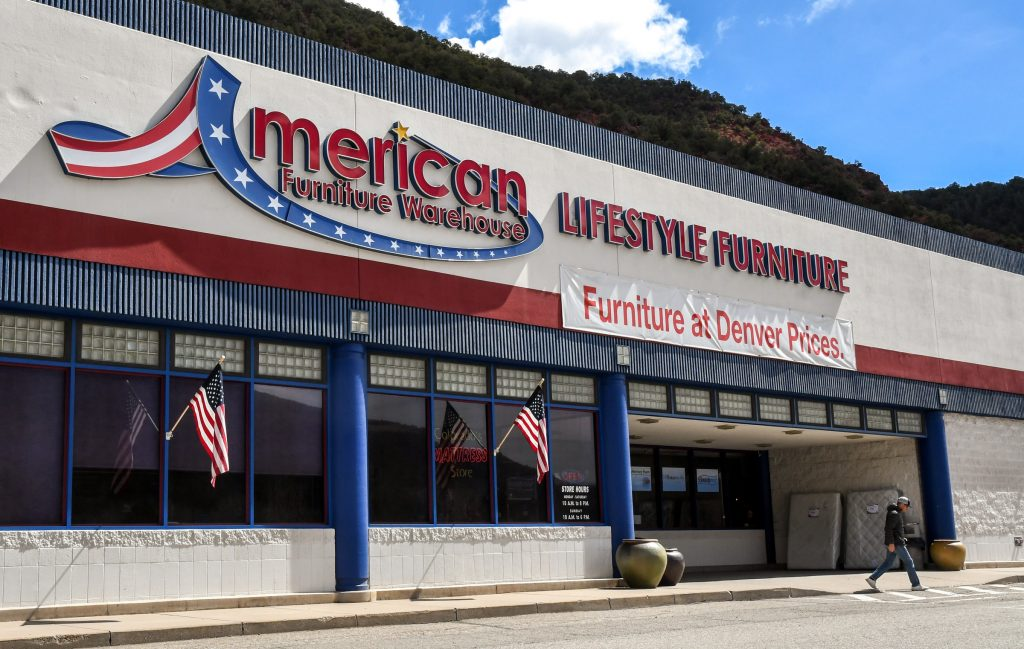 American Furniture Warehouse Located In South Glenwood Near Wal Mart Is Set To Close June Chelsea Self Post Independent