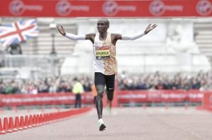 Kipchoge wins London Marathon for fourth time