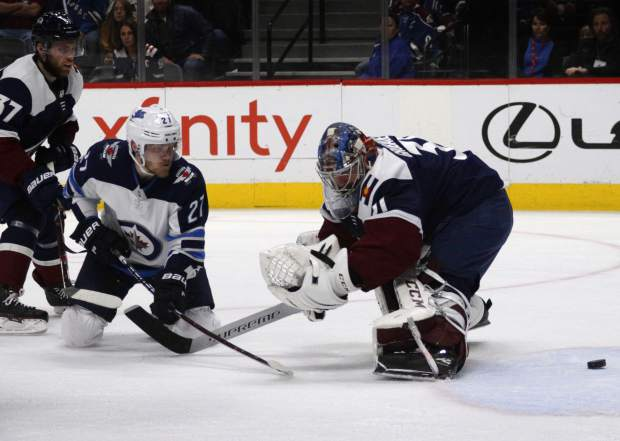 Johnson Scores In Ot Avs Beat Jets 3 2 To Earn Playoff Spot