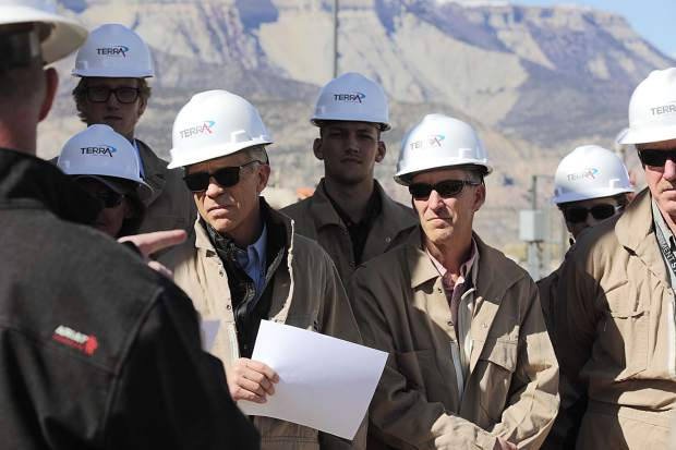 Industry, gov't leaders gather for energy symposium