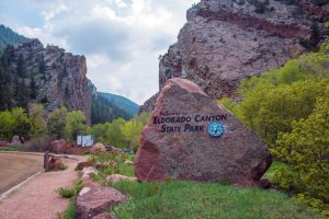 Climber dies in Colorado canyon fall