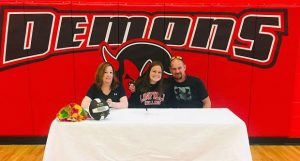 Glenwood volleyball's Hunter signs with Linfield College