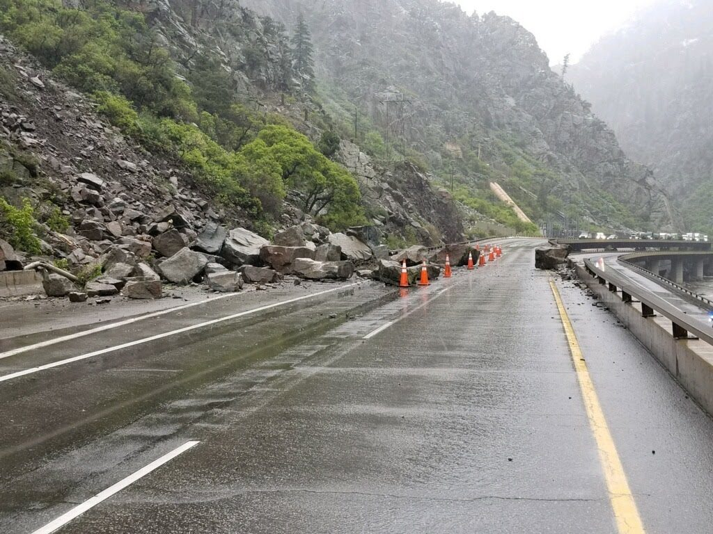 Rockslide closes Glenwood Canyon