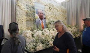 Fans arrive in droves to pay tribute to Pat Bowlen