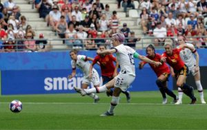U.S. in World Cup quarters after 2-1 win over Spain