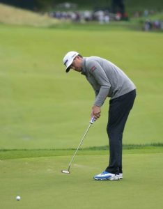 Sucher leads Travelers Championship as big names struggle