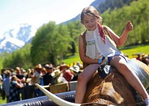 T-Lazy-7 Ranch celebrated 80 years with Saturday hoedown