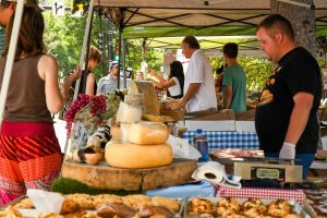 Glenwood's Downtown Market enjoys calling Centennial Park home, as some suggest it should move to Seventh Street