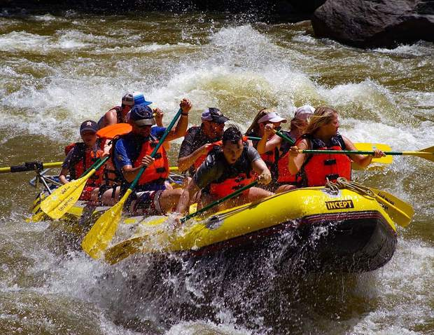 @coloradosky50: White water rafting is a very big thing here in Glenwood Springs! #postsnaps